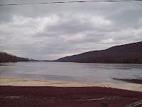 Poconos_Lake_Hauto